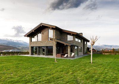 Casa Unifamiliar - Obra nova  /  Casa Unifamiliar - Obra nueva /  Maison individuelle - Nouvelle construction